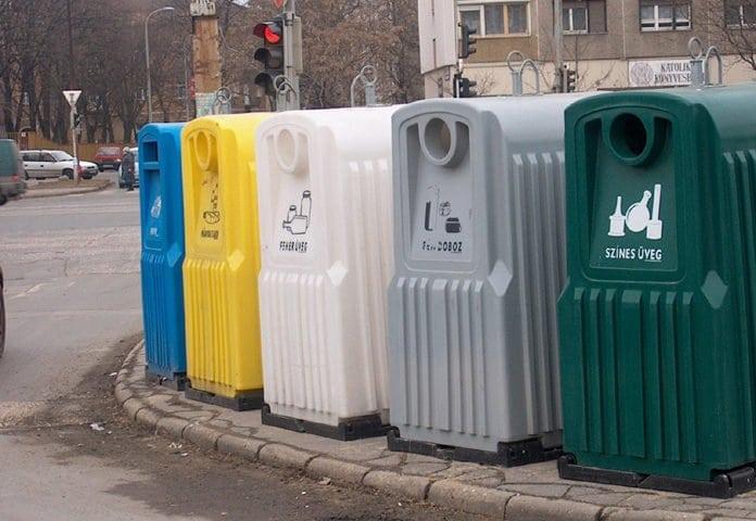 szelektív hulladékgyűjtő kukák
