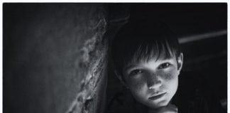 Miért gyakoribb az autizmus fiúknál?