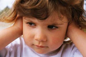 5 jel, amiből felismerheted, hogy a baba fülgyulladástól szenved! - Fülgyulladás tünetei babáknál