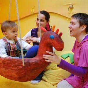 babszinhaz-fogyatekosgyerekeknek300.jpg