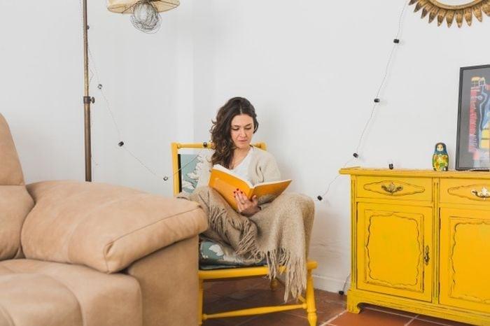Bútorok és nők