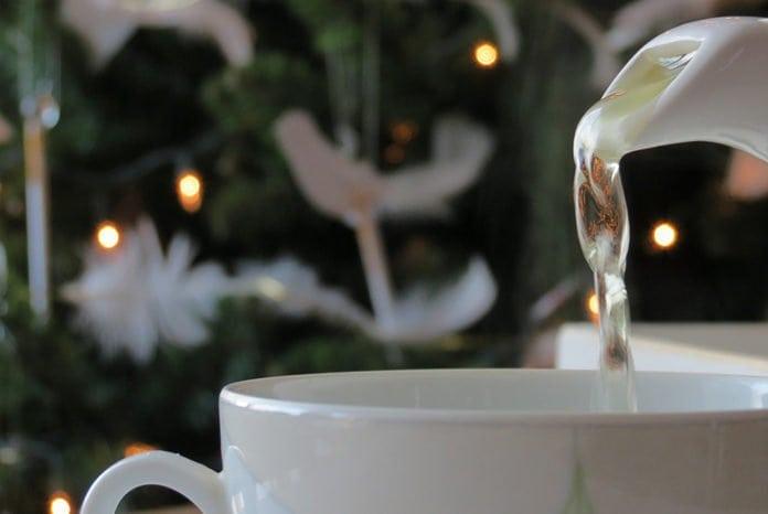 karácsonyi teázás