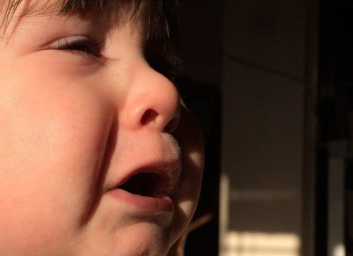 síró kisgyerek