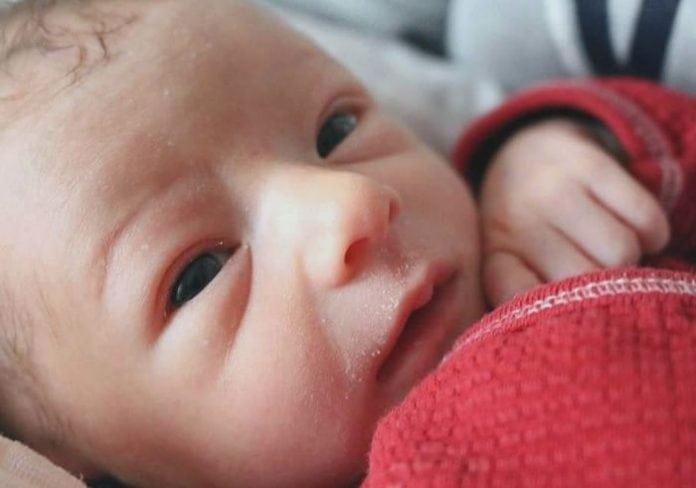 csecsemőkori reflux