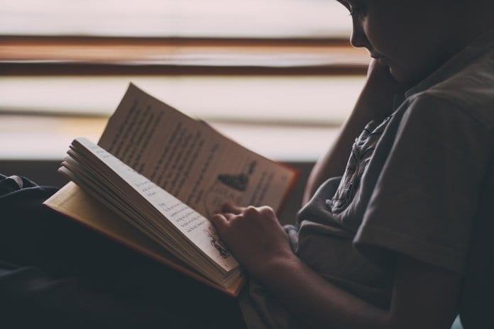 Tarján Vera :: A beszédészlelés és a beszédmegértés zavarai az olvasásban és az írásban