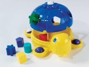 formabedobó, ügyességi és fejlesztő játékok