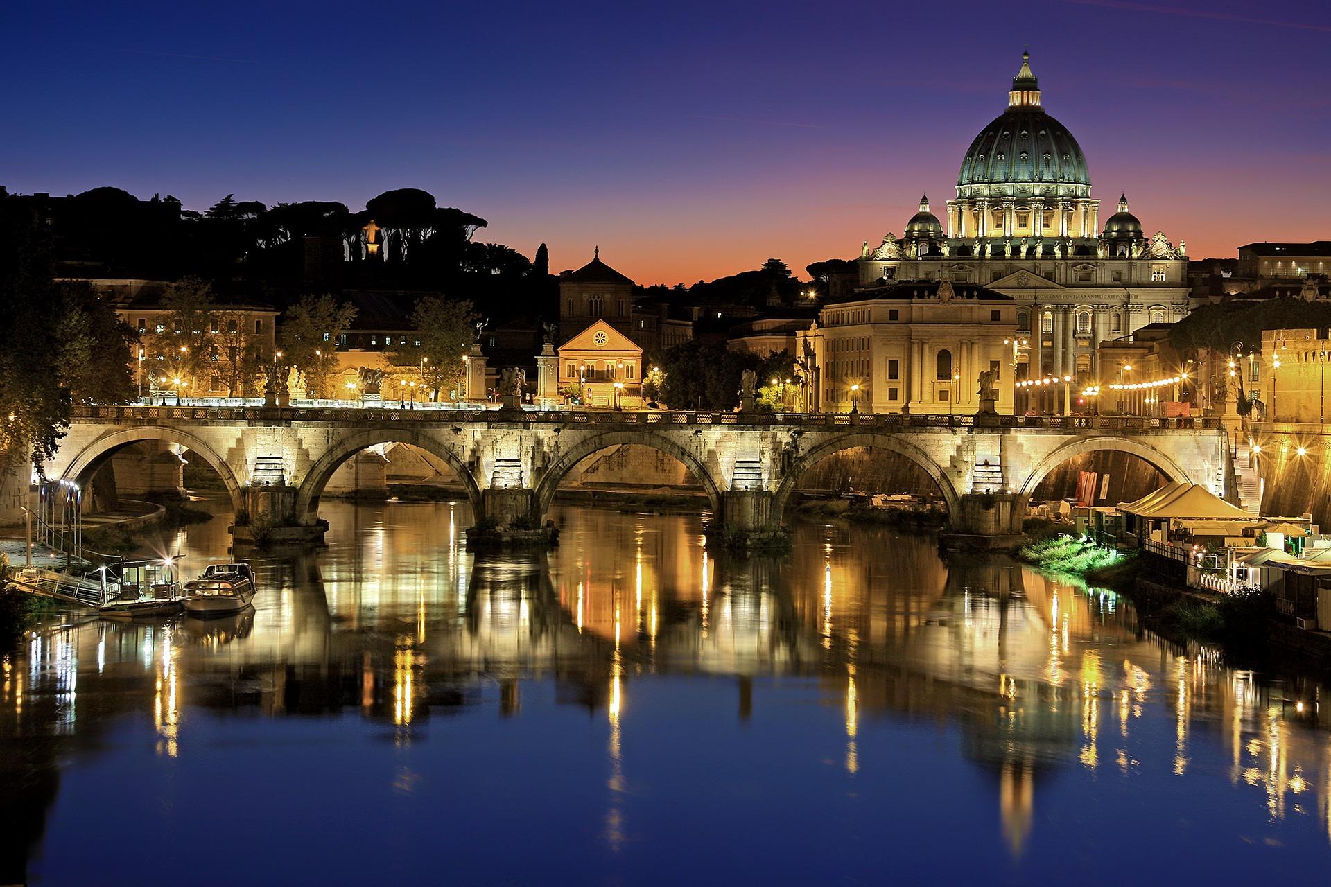 Csecsemősírástól volt hangos a Sixtus-kápolna - Ferenc pápa 32 gyermeket keresztelt meg