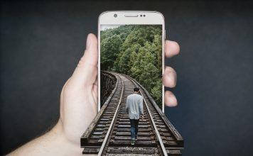 Az okostelefon tudatos használata közelebb hozhatja a generációkat